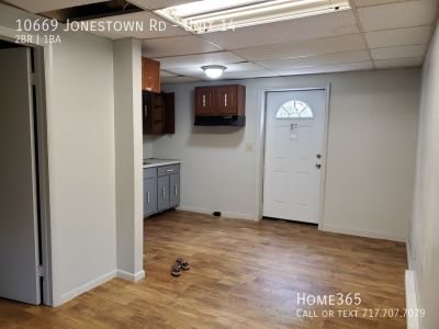 Newly Renovate 2 Bed, 1 Bath unit