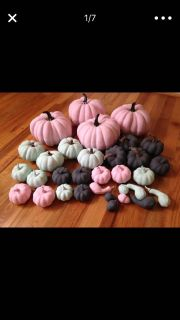 All of the Multiple pumpkins lot
