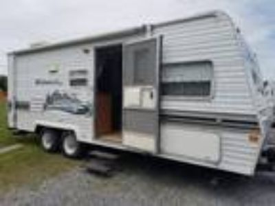 2003 Forest River Wildwood 23BH