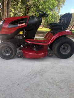 CRAFTSMAN YT3000 RIDING MOWER
