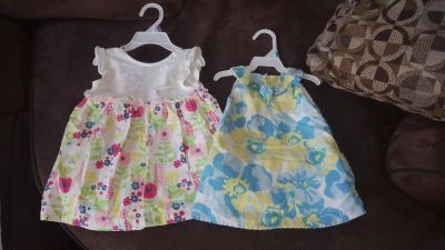 2 summer dresses size 6-12 months $7 for both