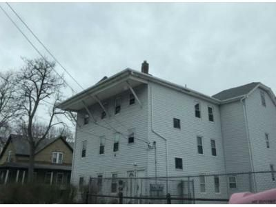 9 Bed 3 Bath Foreclosure Property in Webster, MA 01570 - Granite St