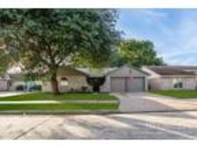 Three BR Two BA In Humble TX 77338