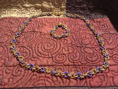 Pretty Matching Necklace & Bracelet Magnetized Set Swap Only