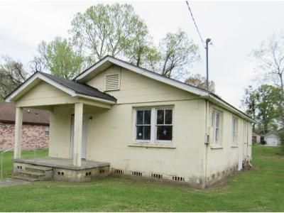 1 Bed 1 Bath Foreclosure Property in Baton Rouge, LA 70807 - 68th Ave