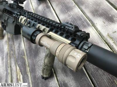 For Sale: SUREFIRE M952V RIFLE LIGHT