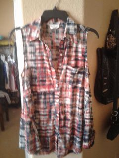Super cute top size L light weight and flowy $4