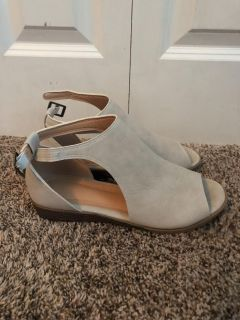 Tan/light gray suede kitten heal shoes. Worn twice. Like new condition