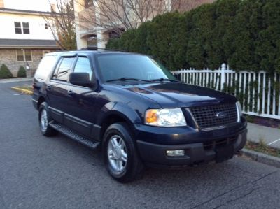 2004 Ford Expedition XLT (True Blue Metallic)