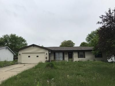 3 Bed 2 Bath Preforeclosure Property in Youngstown, OH 44512 - Huntington Dr