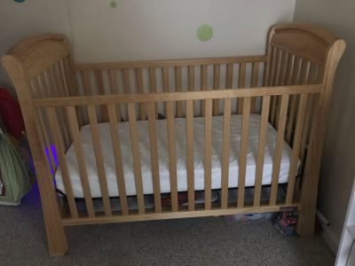 Natural Wood Crib and Changing Table
