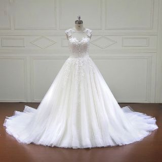 Chelsea's Appliqué Tulle Sweetheart A Line Wedding Dress