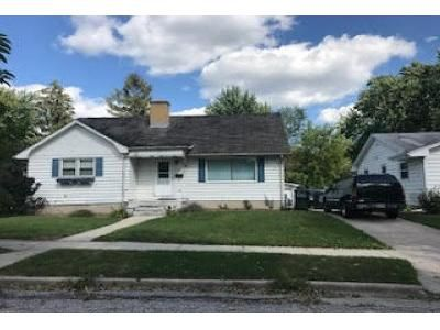 4 Bed 2 Bath Foreclosure Property in West Bend, WI 53090 - N 11th Ave