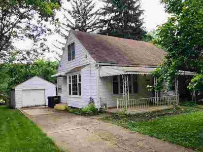 2309 S COURTLAND Avenue KOKOMO, Lots of potential in this 3