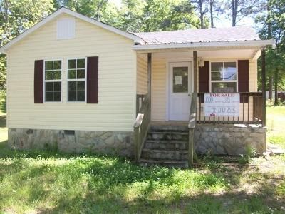 3 Bed 2 Bath Foreclosure Property in Hartwell, GA 30643 - Baker St