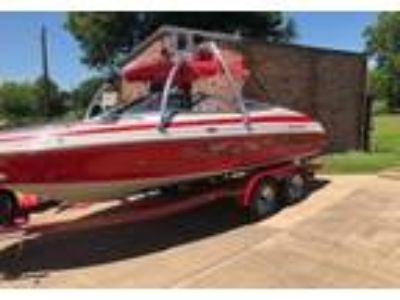 2003 Crownline 202-BR Power Boat in Forney, TX