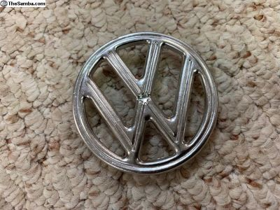 NOS VW 3 tab hood emblem 113.853.601