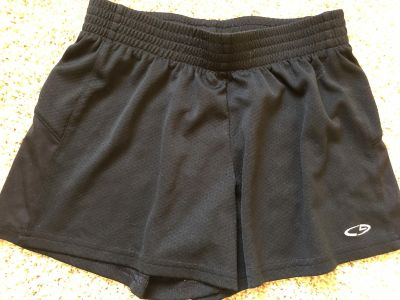 Girls 10/12 Champion brand active shorts. Very good condition