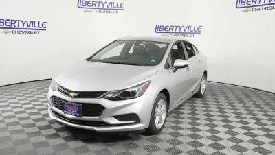 2018 Chevrolet Cruze LT (Summit White)
