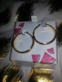Hoop earrings brand new never worn still has tags excellent condition