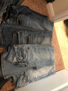 11 pairs of jeans mostly size 2 short