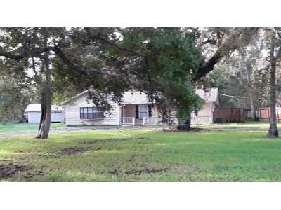 3 Bed 2 Bath Foreclosure Property in Angleton, TX 77515 - County Road 605