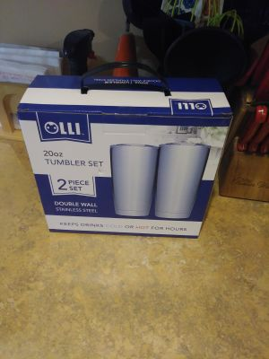Stainless steel Tumbler set with lids (brand new)