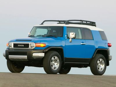 2007 Toyota FJ Cruiser Base (Titanium Metallic)