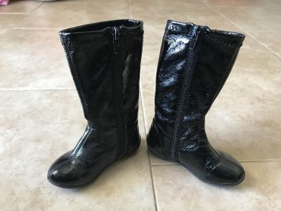 Kenneth Cole reaction boots toddler girl size 6 EUC