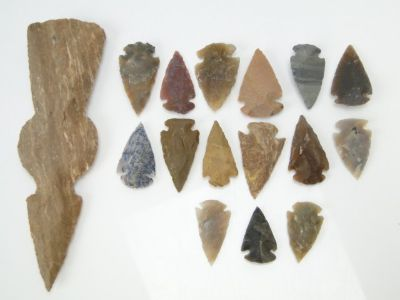 Native Indian Arrowheads & Tomahawk Head