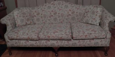 Eastern Mfrs Sofa Late 70s Early 80s Floral