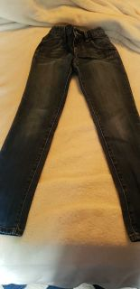 Old Navy size 8 super skinny jeans with adjustable waist.