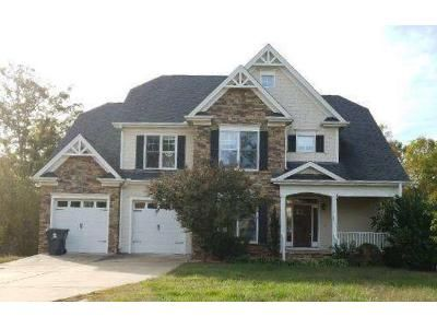 4 Bed 2.5 Bath Foreclosure Property in Holly Springs, NC 27540 - Gryffindor Ln