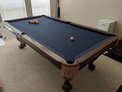 Stunning Beach Manufacturing 8' Pool Table