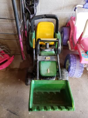 John deere power wheels needs battery