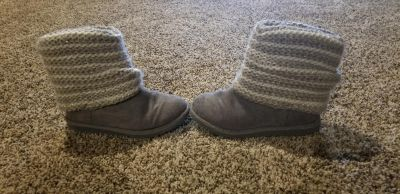 Girls winter boots size 11 good used condition