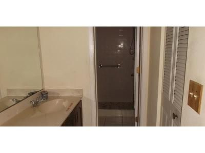 2 Bed 2 Bath Foreclosure Property in Venice, FL 34285 - Mission Trl W Apt 36