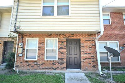 3 Beds/2.5 Baths Townhouse! Totally Renovated And All New!