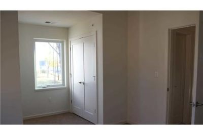 Poughkeepsie - Modern Two-Bedroom With Large Terrace - Beautiful.
