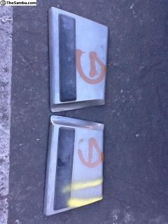 Vanagon front door body moldings