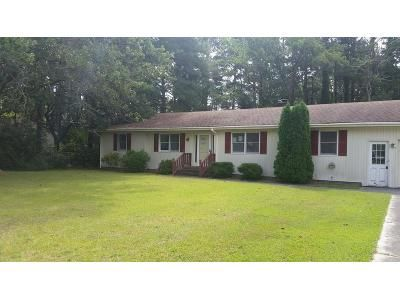 3 Bed 2 Bath Foreclosure Property in Manteo, NC 27954 - Meekins Dr