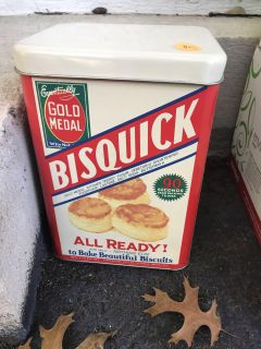 Great condition Bisquick can $5
