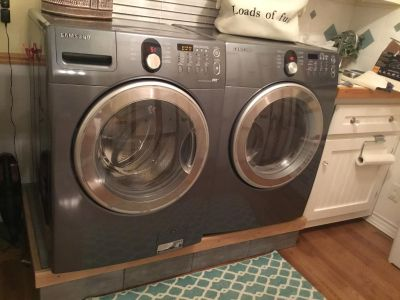 Samsung Front Loader Electric Washer and Dryer