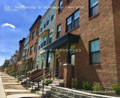 2 Bedroom 2 Bath - Grand Rapids Newest Downtown Apartment Community! - Trowbridge Flats Apartments