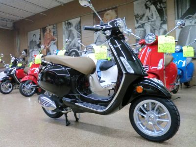 2019 Vespa Primavera 50 Scooter Downers Grove, IL
