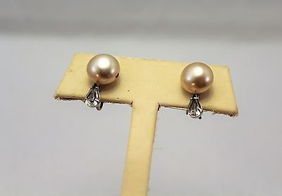 Collectible Screw On Click Retro Signed Marvella ivory circle ball earrings gold tone