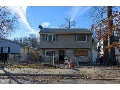 4 Bed 2 Bath Foreclosure Property in Capitol Heights, MD 20743 - Cedarleaf Ave