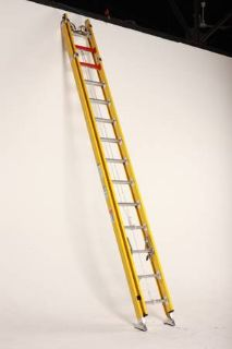 Extension Ladder 28 fiberglass Type 1AA
