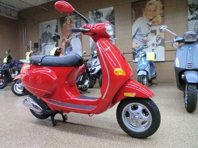 2001 Vespa ET4 250 - 500cc Scooters Downers Grove, IL