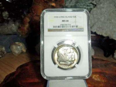 Exceptionally a Very Rare 1936-P Long Island Silver Commemorative Silver Half Do